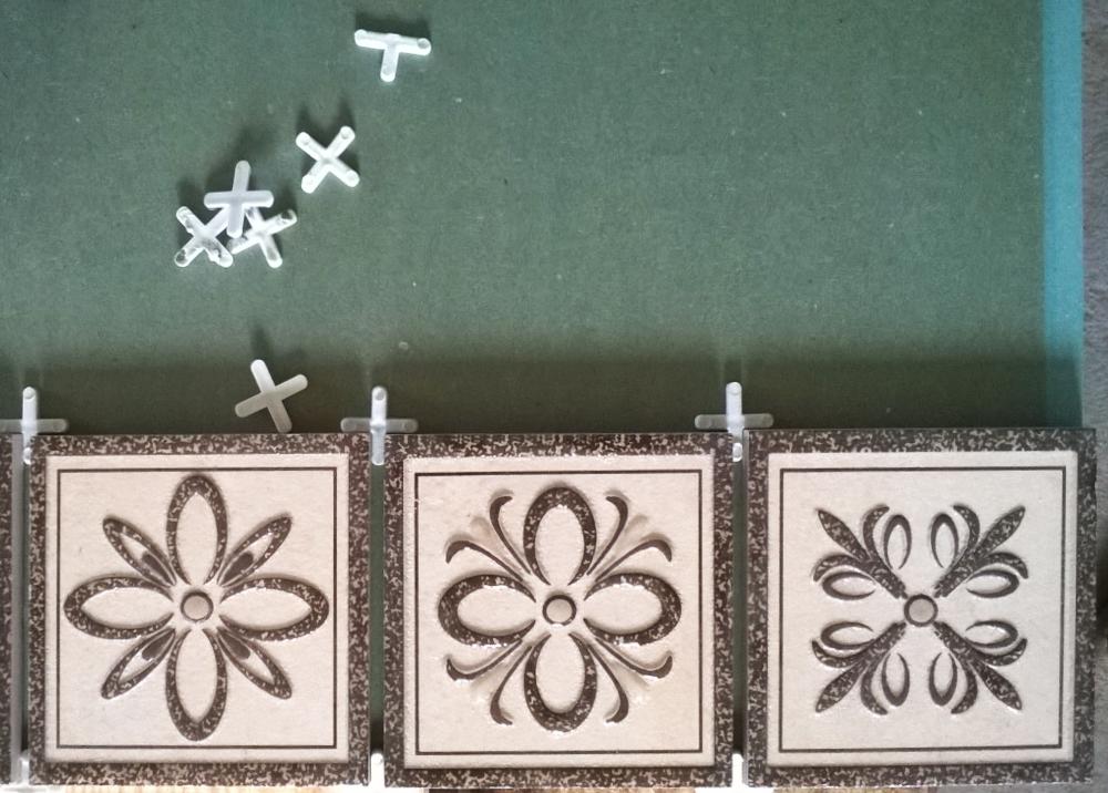 укладка керамичкеской плитки